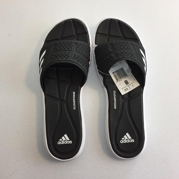 e226b121b309 Adidas size 8 sandal or slipper